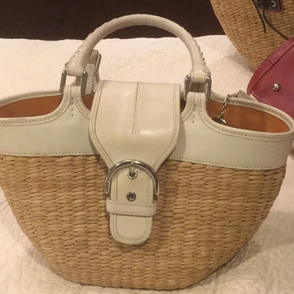 46df3e887a ... germany coach straw bag with wallet key chain 872ec a50ea
